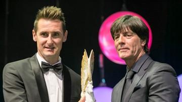 2016-11-10 Klose w sztabie szkoleniowym reprezentacji Niemiec