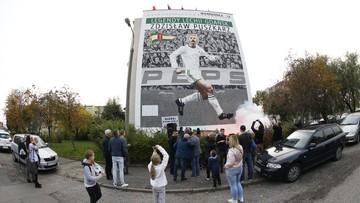 Z boiska na mural. Niecodzienny hołd Lechii Gdańsk dla byłego piłkarza
