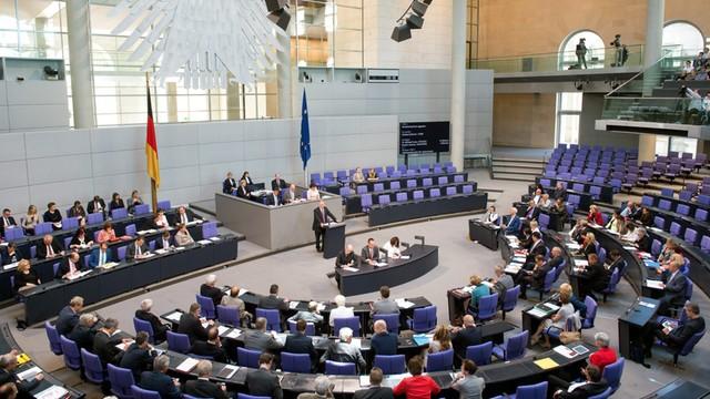 Niemcy: Bundestag zaaprobował program pomocy dla Grecji