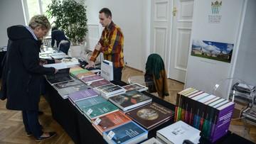 23-04-2016 15:01 NIK: zainwestowano prawie 300 mln zł a Polacy i tak nie chcą czytać