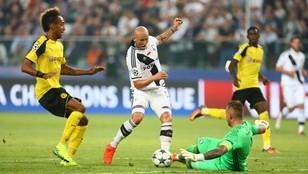 LM: Legia zagra w Dortmundzie, 12 ekip z szansami na awans