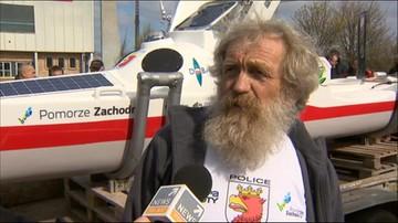 20-04-2016 13:02 Sam przepłynie Atlantyk. Aleksander Doba pokazał oceaniczny kajak