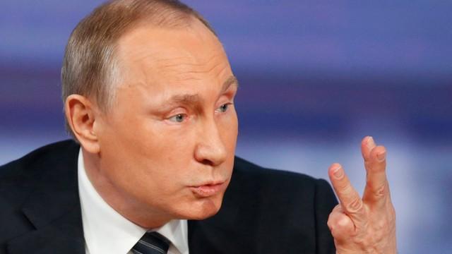 Putin: na Ukrainie walczą Rosjanie, ale nie rosyjska armia