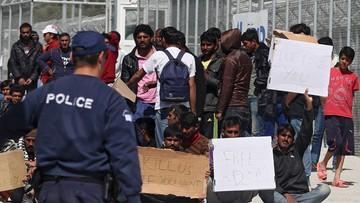 05-04-2016 15:32 Przerwano deportacje z greckich wysp do Turcji. Migranci protestują na Lesbos