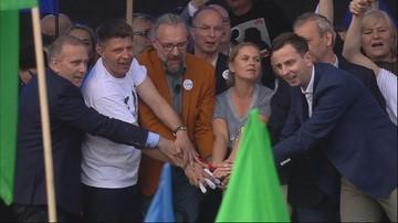 """07-05-2016 17:05 """"Jesteśmy w stanie stworzyć wspólną koalicję wyborczą"""" - marsz KOD i opozycji"""