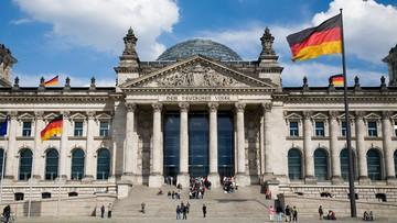 Równe notowania CDU i SPD na niespełna pół roku przed wyborami w Niemczech