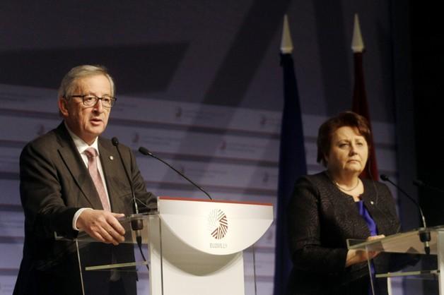 Juncker: Ukraina nie jest sama