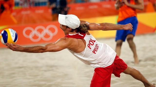 Rio: siatkówka plażowa - Fijałek i Prudel zagrają w barażu o 1/8 finału