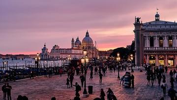 25-10-2016 19:45 Wenecja zabroni chodzenia z rowerem po mieście