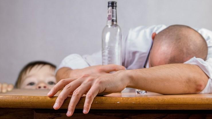 Pijani rodzice podejrzani o znęcanie nad 8-miesięcznym dzieckiem