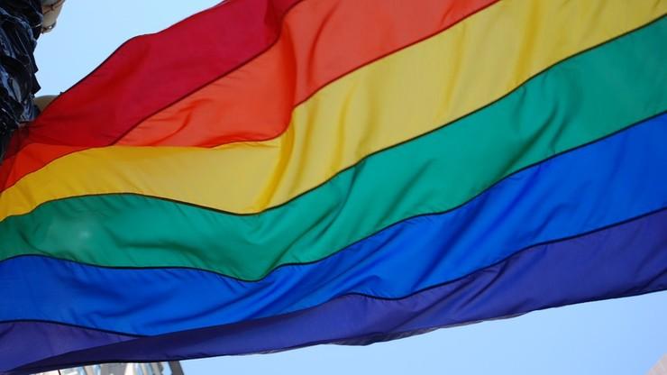 Włochy wprowadzają związki cywilne osób tej samej płci