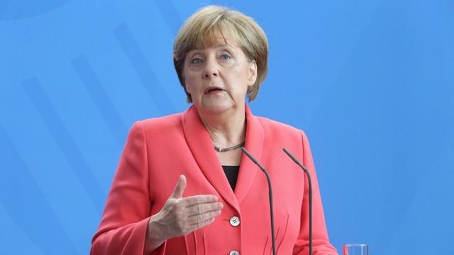 Merkel: Rosja powinna wpłynąć na separatystów w Donbasie