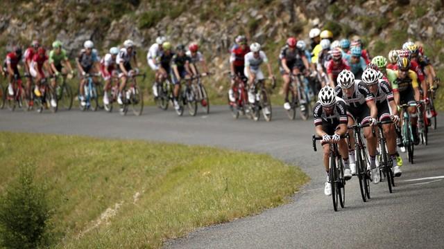 Tour de France - Majka uczestniczył w kraksie, Thomas wycofał się z wyścigu