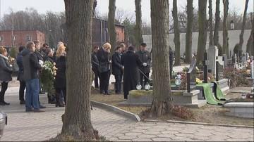 17-03-2017 12:12 Pogrzeb Krystiana Brolla, przez 8 lat zamkniętego w szpitalu psychiatrycznym, choć był zdrowy