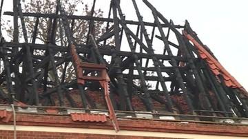 Spłonął dach kościoła, ogień zniszczył też organy. 19 zastępów straży pożarnej w Ciężkowie