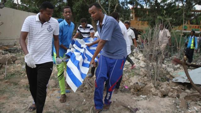 Somalia - już co najmniej 19 zabitych w zamachu na hotel w Mogadiszu