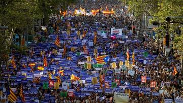 W Barcelonie wielka manifestacja przeciwko terroryzmowi. Po raz pierwszy z udziałem króla