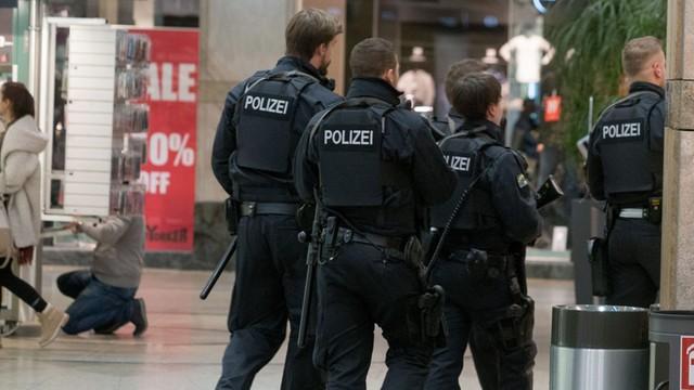 Niemcy: chcieli zrobic zamach na centrum handlowe - w Duisburgu aresztowano dwóch braci z Kosowa
