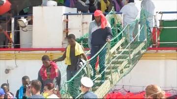 25-05-2016 17:51 Uratowano około 500 migrantów z przewróconej łodzi. Znaleziono ciała 5 osób