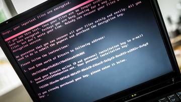 """29-06-2017 07:03 """"Może mieć wpływ na bezpieczeństwo cybernetyczne kraju i naszych możliwości obronnych"""". Macierewicz o cyberataku"""