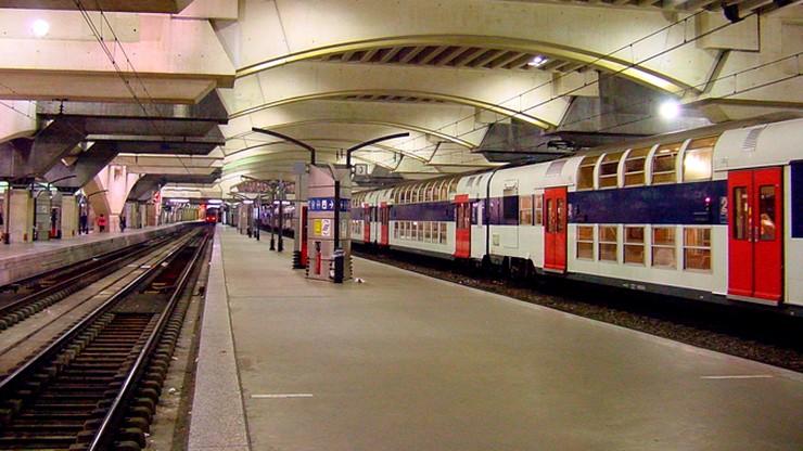 Chaos na dworcu kolejowym w Paryżu po awarii sieci sygnalizacyjnej