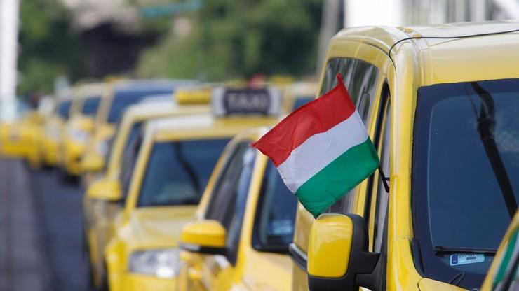Węgierski parlament dyskutuje o Uberze; taksówkarze protestują