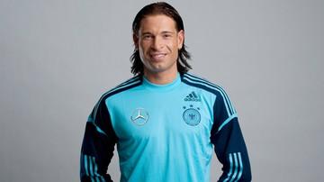 2015-11-11 Jest legendą Werderu. Dziś jednak bardziej niż piłkarza, przypomina... Roberta Burneikę
