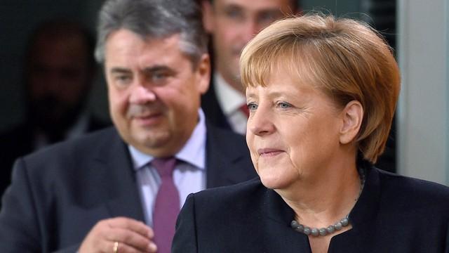 Merkel: polityka uchodźcza bez zmian mimo wzmożonej agresji