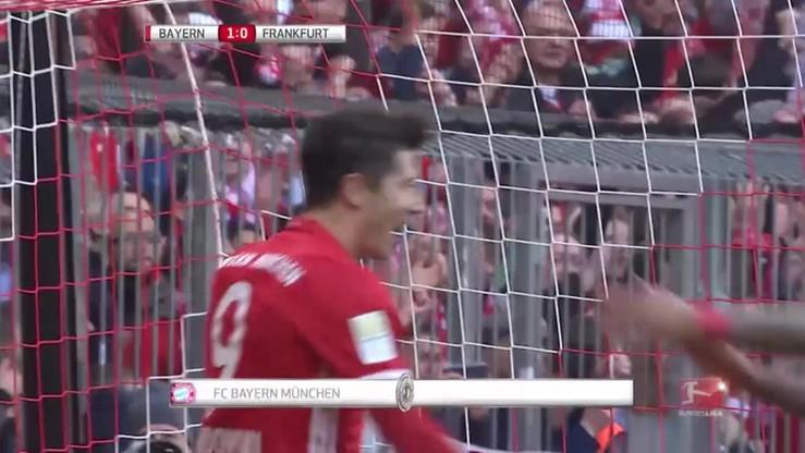 2017-03-13 Bundesliga: Dwa gole Roberta Lewandowskiego