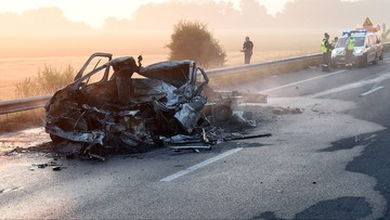 20-06-2017 13:45 Tragiczny wypadek polskiego samochodu w pobliżu Calais. Kierowca nie żyje