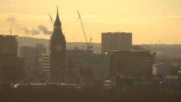 Londyn ma problem ze smogiem. Wydano ostrzeżenie