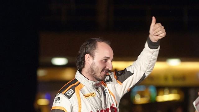 Kubica wystartuje w słynnym Le Mans - oby tym razem się nie rozbił