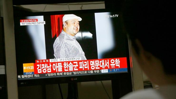"""Zamordowano przyrodniego brata Kim Dzong Una. Ukłuty """"zatrutymi igłami"""""""