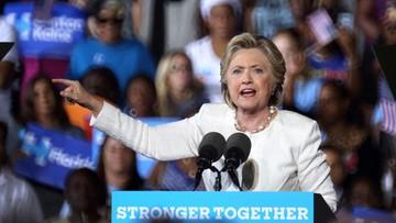 Nowy sondaż. Śledztwo FBI nie zaszkodziło Clinton