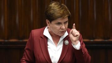 """29-12-2015 18:05 W Sejmie spór o budżet. """"Niebezpieczny"""" kontra """"Polacy będą bezpieczni"""""""