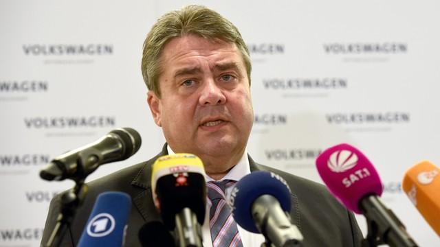Niemcy: Wicekanclerz apeluje o przerwanie nagonki na Rosję