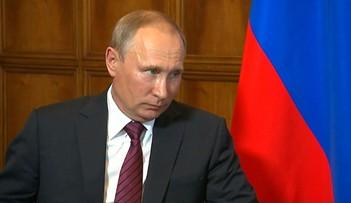 """04-09-2017 18:29 """"Rozwiązanie kryzysu możliwe na drodze dialogu"""".  Putin rozmawiał z Munem o zbrojeniach Korei Płn."""