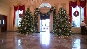 Biały Dom już świątecznie udekorowany - to ostatnie takie święta Obamy