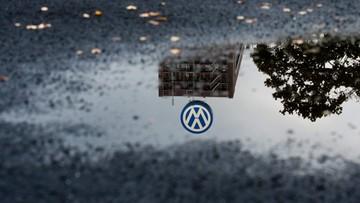 02-11-2015 20:19 Volkswagen manipulował pomiarem spalin na większą skalę - twierdzą Amerykanie