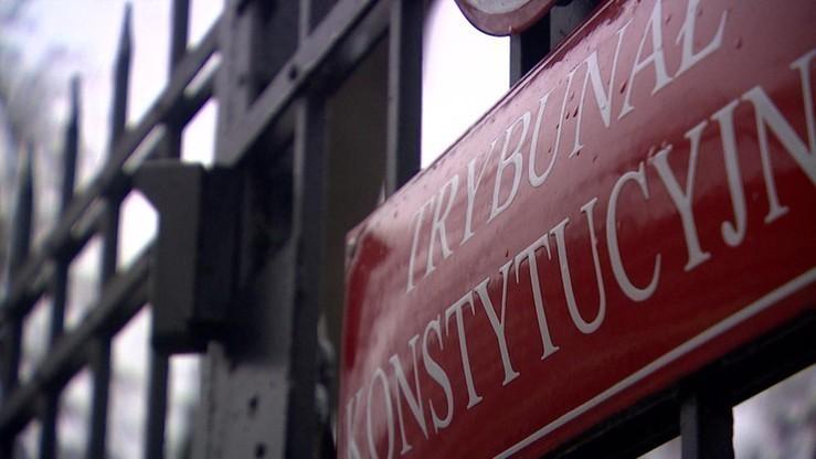 Spór wokół TK. 45 proc. Polaków po stronie Trybunału