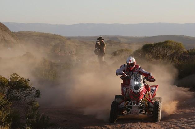 Dakar: Sonik wygrał drugi etap i prowadzi w rajdzie