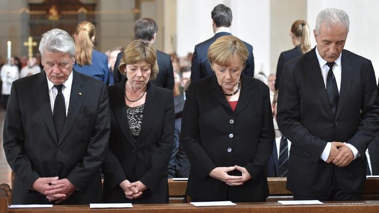 Większość Niemców nie wini polityki Merkel za ataki islamistów