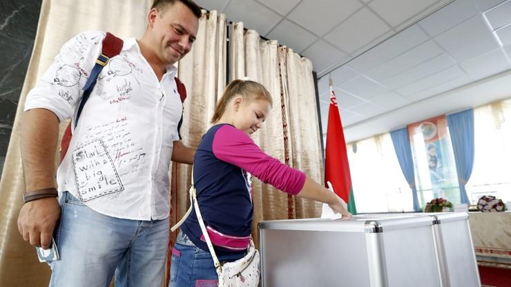 """""""Nie ma poważnych skarg"""" - szefowa białoruskiej Centralnej Komisji Wyborczej"""
