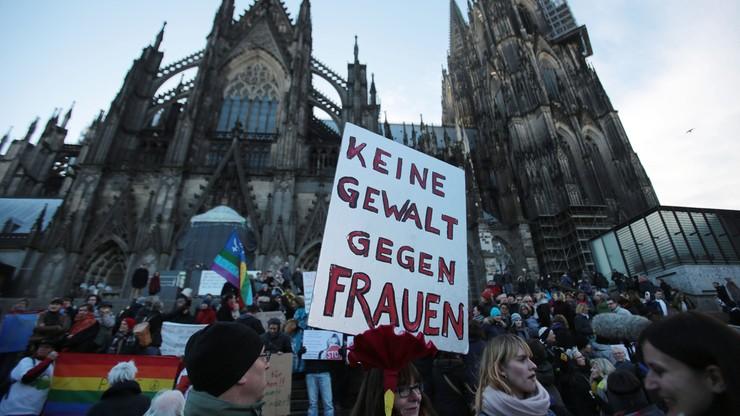 Niemcy mocno podzieleni ws. uchodźców. Pierwszy sondaż po zajściach z sylwestra