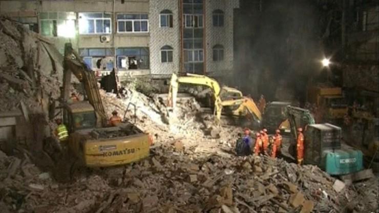 Chiny: zawaliły się budynki mieszkalne. Są ofiary śmiertelne