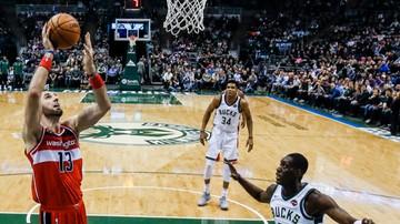 2017-11-21 NBA: Dycha Gortata w wygranym meczu Wizards
