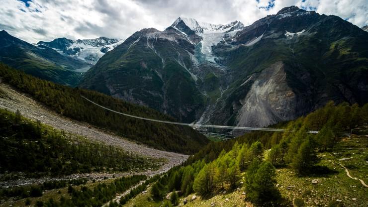 Najdłuższy na świecie most wiszący już dostępny dla turystów. Ma prawie 500 m długości