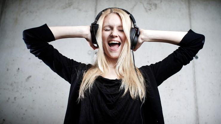 Sprzedaż muzyki w formie plików po raz pierwszy w historii wartością przewyższyła sprzedaż płyt na świecie