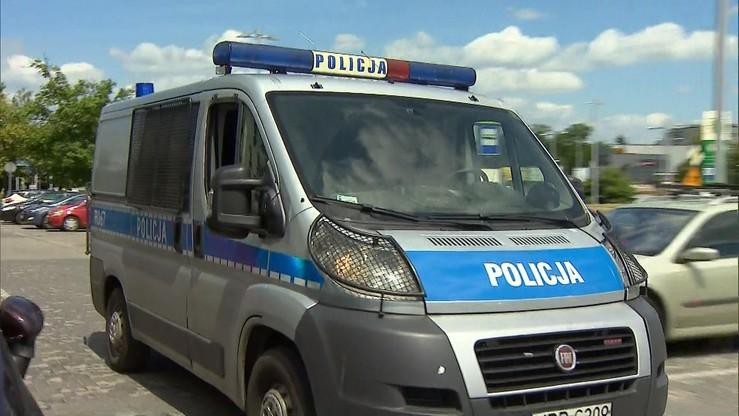 Rzucił się z nożem na przypadkowego przechodnia w Częstochowie. 28-latek usłyszał zarzut zabójstwa