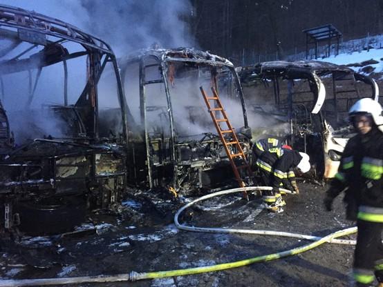 Lądek-Zdrój: spłonęły trzy autokary turystyczne